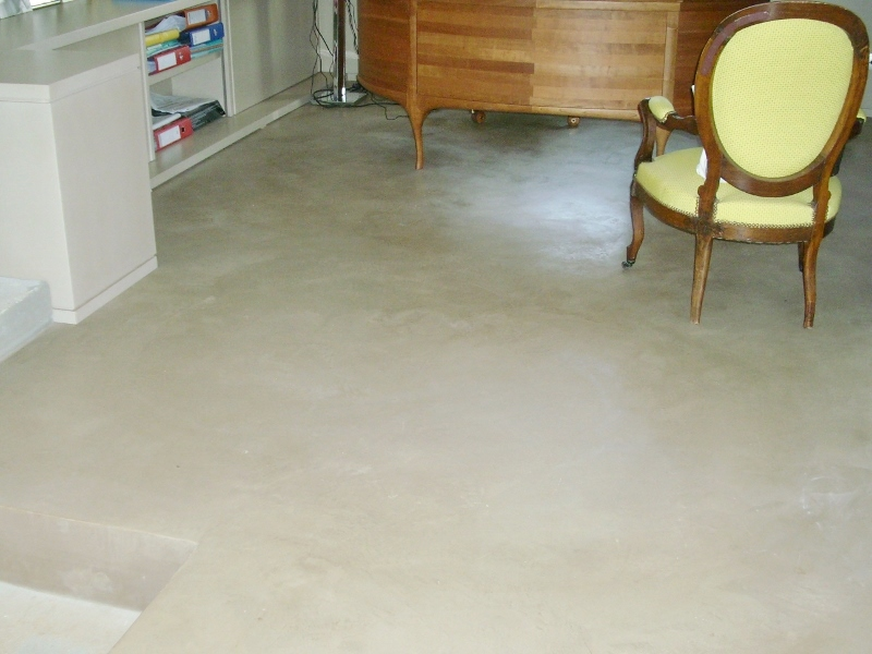 Carrelage beton cire beige x carrelage bton cir noir for Carrelage casco inc