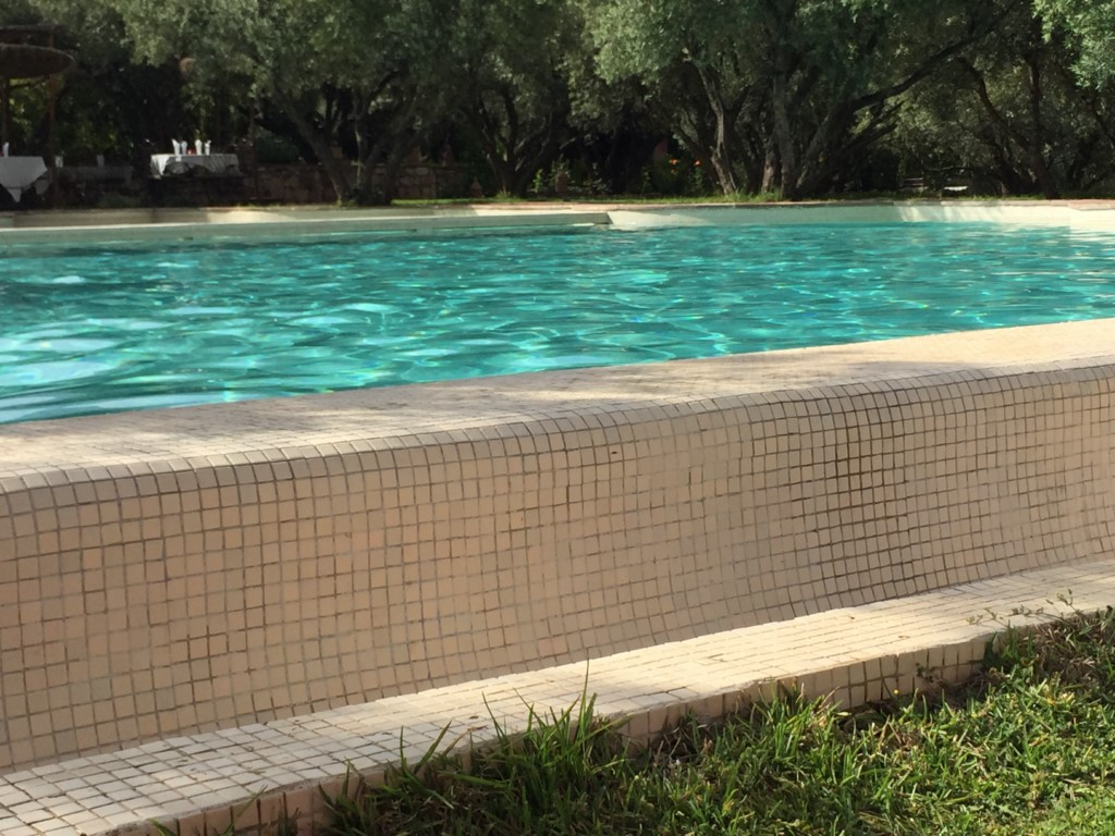 Kit d 39 tanch it des piscines en b ton montpellier - Piscine hors sol sans dalle beton ...