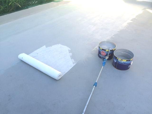 Produit d 39 tanch it toit terrasse circulable for Peinture pour beton exterieur