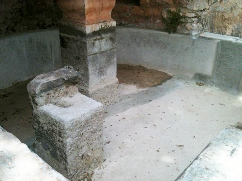 R parer une fuite dans un bassin ou une fontaine arcacim s2 etancheite produits d tanch it for Peinture pour piscine