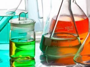 laboratoire de formulation de dégraissant industriel