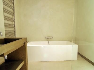 vernis antitache pour b ton cir hydrostop betoncire. Black Bedroom Furniture Sets. Home Design Ideas